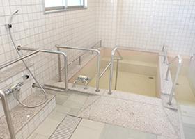 介助浴室b